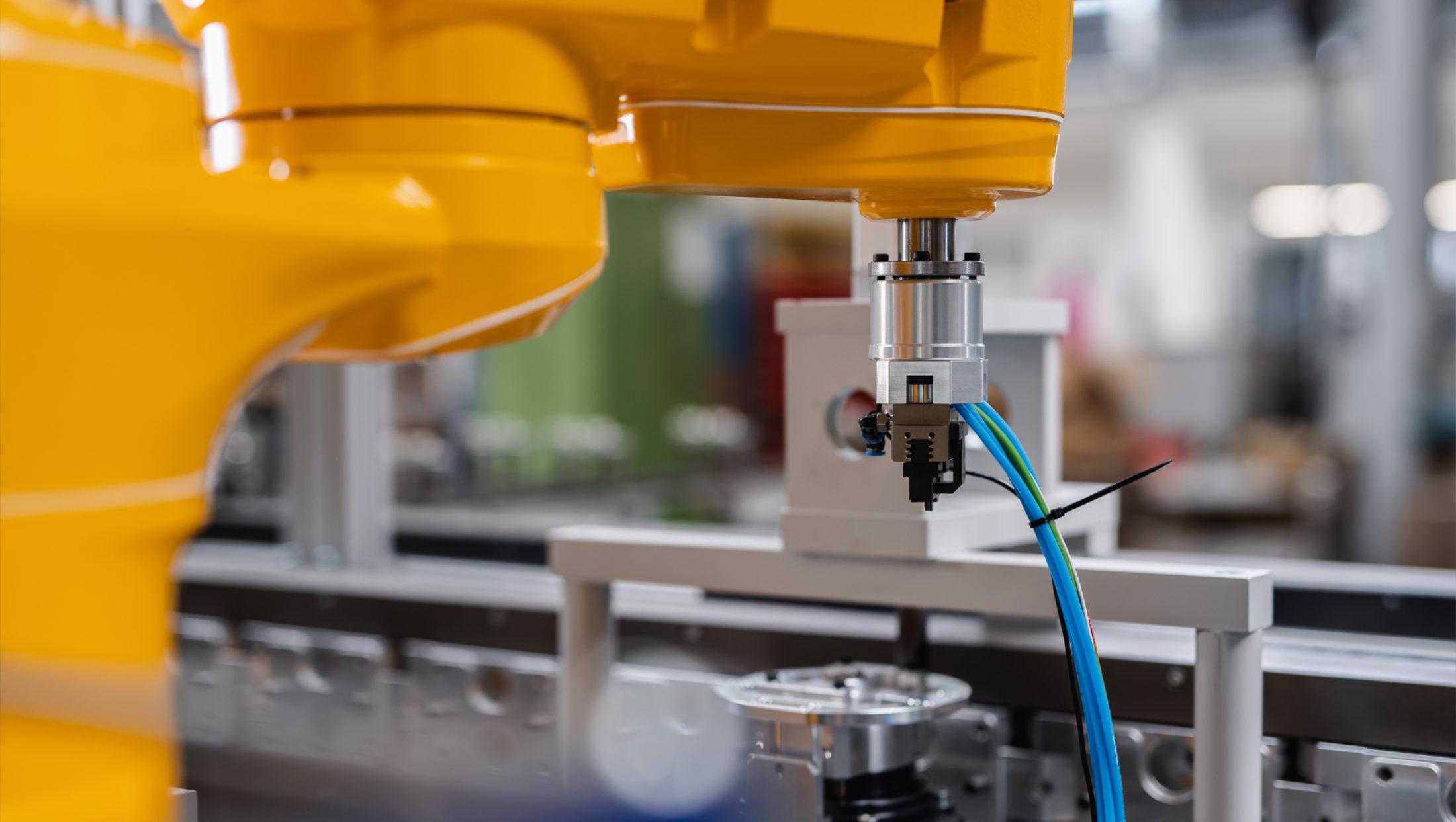 Robotergestütztes Montage- und Inspektionssystem
